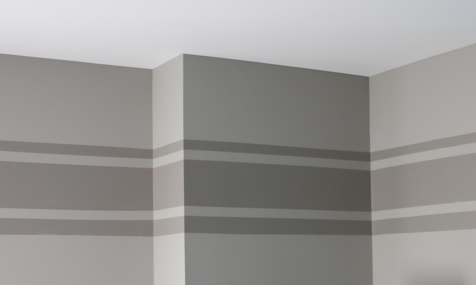 Painting-stripes-on-walls-picture